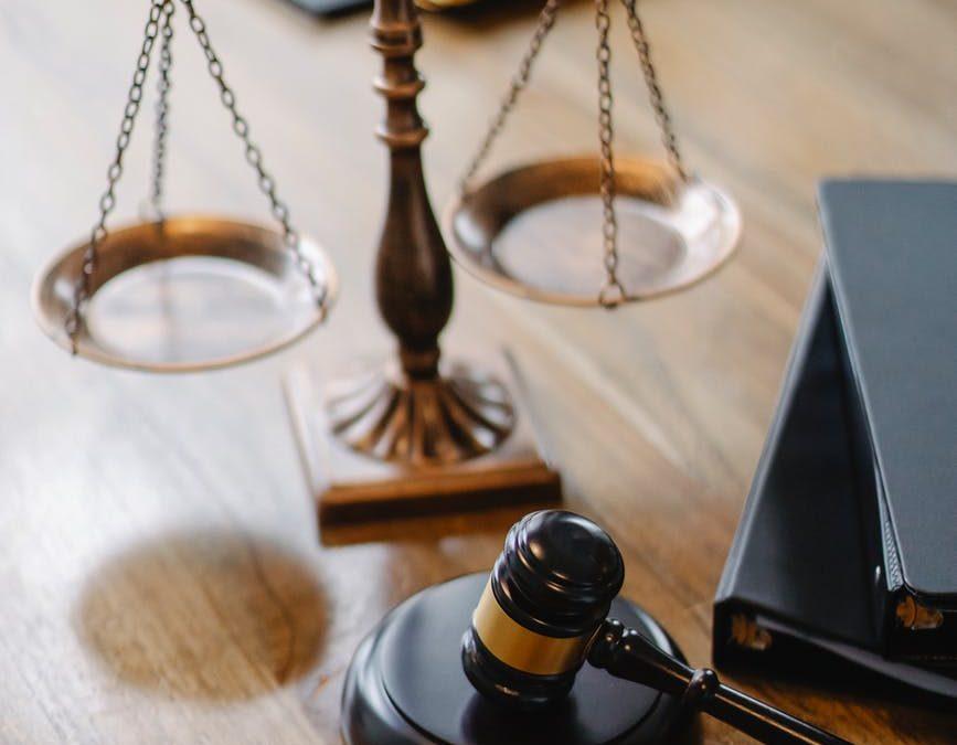 Justicia implacable (microrrelato de depuración de responsabilidades)